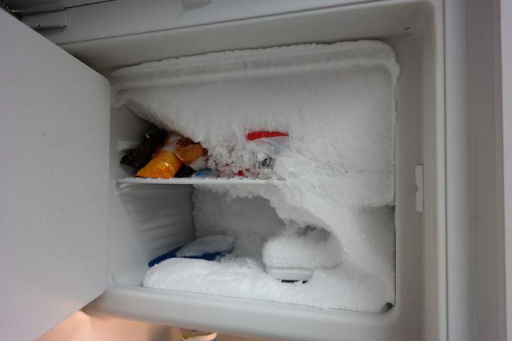Kühlschrank Vereist